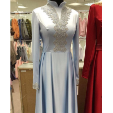 Платье на никах